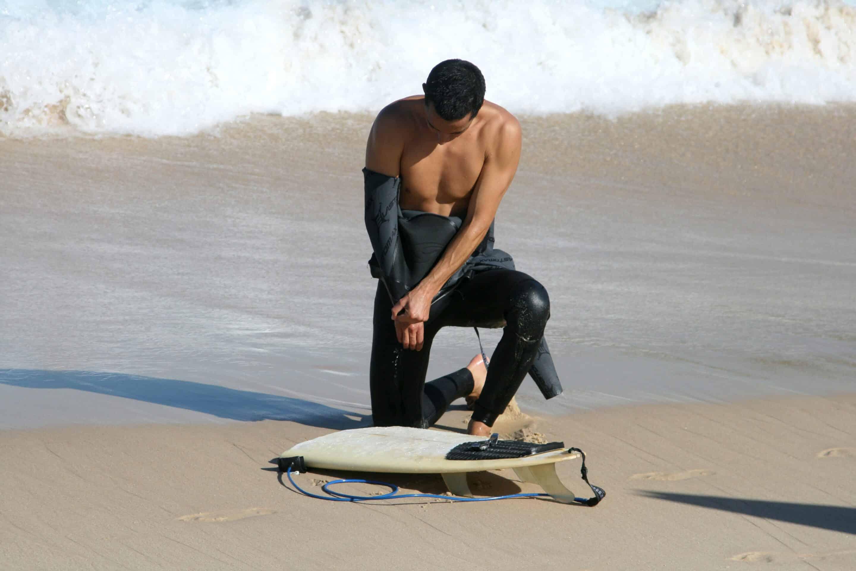 Casser une planche de surf