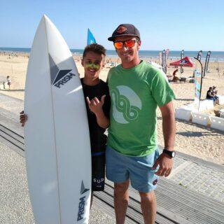 Bravo à @matteo_angiolini66 pour sa première place aux technical races lors du @vendeeglissevent - Have fun guy ! Keep on surfing ! #saintjeandemonts #paysdesaintjeandemonts #surfing